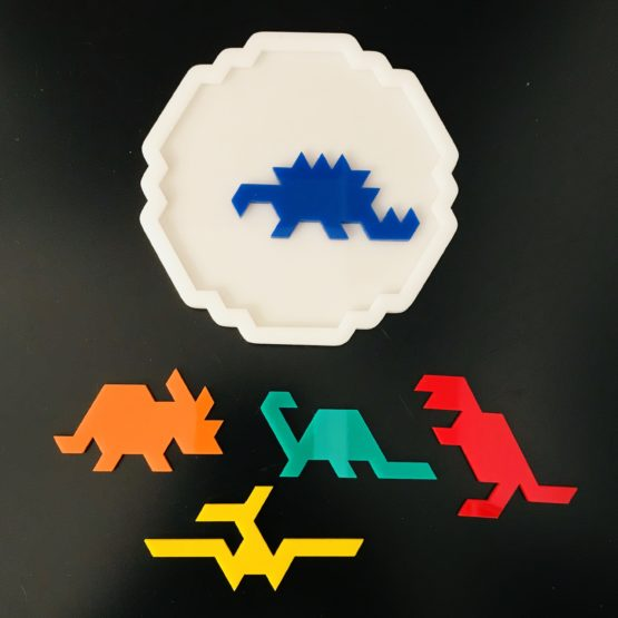Jurassic Pack Ver2 packing puzzle designed and produced by Jerry Loo